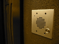 B&B doorbell (c)2006 AEC